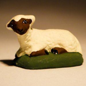 Mouton Couché Tête noire pour santons de 7 cm
