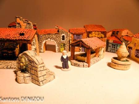 Santon Decor Puce Village