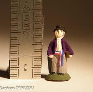 Santon de maire en format puce 2 cm