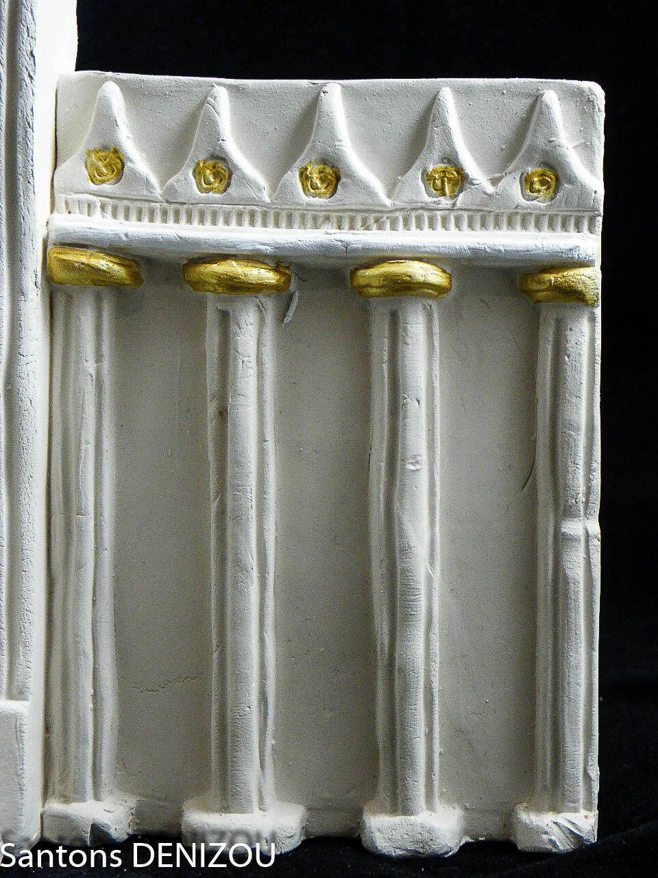 façade pour creche blanche
