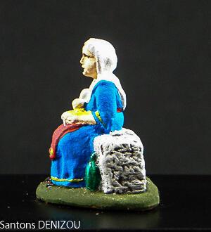 Femme à l'aïoli en 4cm